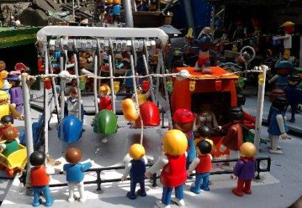 0119 Kinderschiffschaukel 01.JPG