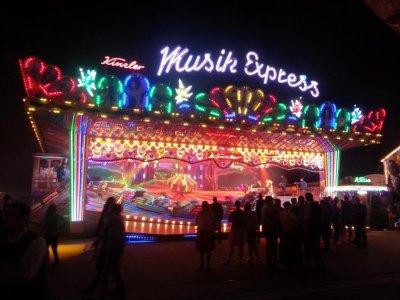 Musik Express 21.jpg