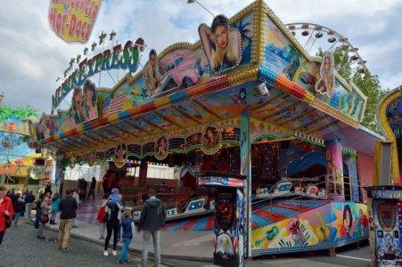 2015-09 Musik Express Krabbe 04.jpg
