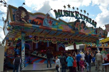 2015-09 Musik Express Krabbe 08.jpg