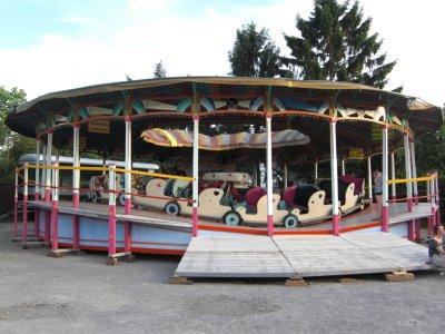 ai879.photobucket.com_albums_ab354_Rekommandeur_Raupenbahn_20Wittlaer_Raupenbahn08.jpg