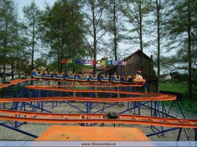 awww.xtremerides.nl_Pretparken_SaintPaulParc2011_20_79_.JPG