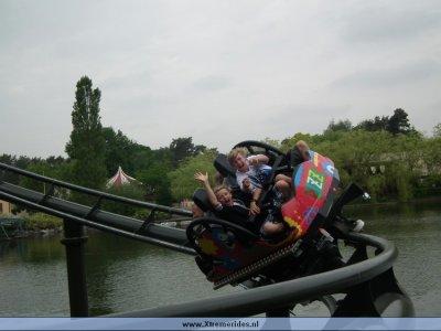 awww.xtremerides.nl_Pretparken_Bobbejaanland2011_20_31_.jpg