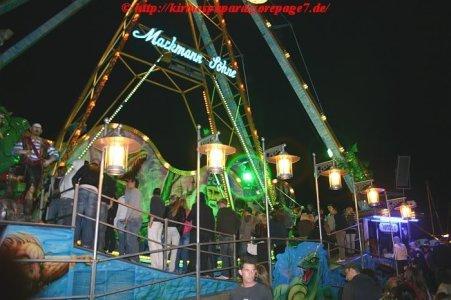 ai275.photobucket.com_albums_jj289_ThunderNrw_Nessy_Nessy49.jpg