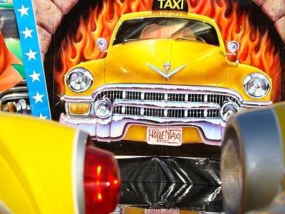 ai275.photobucket.com_albums_jj289_ThunderNrw_hoellentaxi_hlle29.jpg