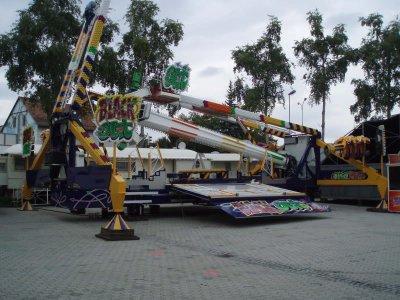 ai286.photobucket.com_albums_ll115_Sombrero1_photos_KLU_20Messe10_P9070300.jpg