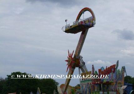 ai648.photobucket.com_albums_uu201_Kirmespaparazzo_rheininflammen_sash2010rheininflammen32.jpg