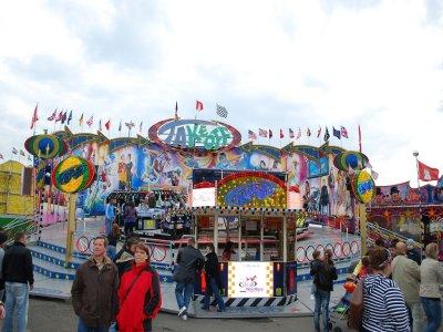 awww.sh_kirmes.de_Foto_albums_Bremerhaven_20Spielzeit_202010_Baf17422d826bdbfb2843e2edf8540abe.jpg