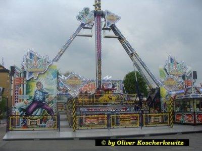 ai252.photobucket.com_albums_hh22_Kirmes_Freak_Ahlen_20Spielzeit_SpielzeitAhlen2mai012.jpg