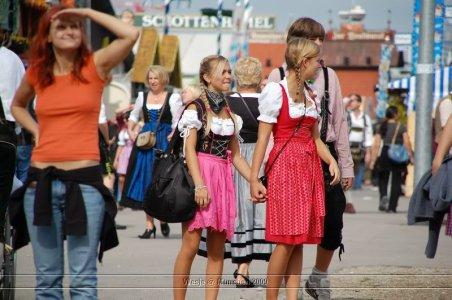 ai699.photobucket.com_albums_vv360_oktober_fest_2009_dag1_20deel_201_109.jpg