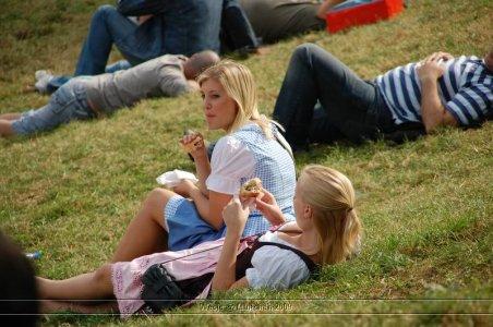 ai699.photobucket.com_albums_vv360_oktober_fest_2009_dag1_20deel_201_118.jpg