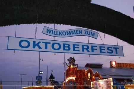 ai699.photobucket.com_albums_vv360_oktober_fest_2009_dag_201_20deel_202_08.jpg