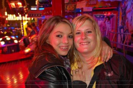 ai699.photobucket.com_albums_vv360_oktober_fest_2009_dag_201_20deel_202_37.jpg