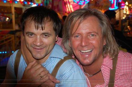 ai699.photobucket.com_albums_vv360_oktober_fest_2009_dag_201_20deel_202_49.jpg