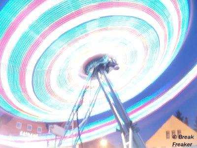 ai52.tinypic.com_axogpi.jpg