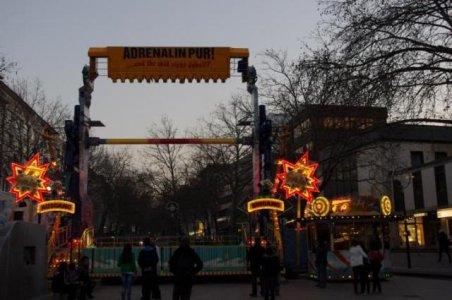 ai182.photobucket.com_albums_x168_Reyzer666_Kirmes_202011_KarnevalskirmesDortmund2011_IMGP1345.jpg