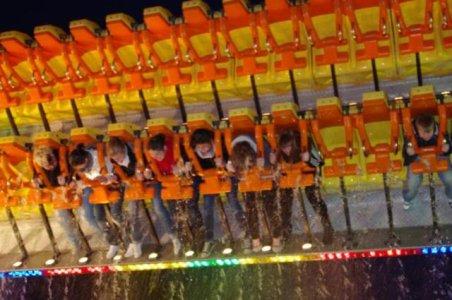 ai182.photobucket.com_albums_x168_Reyzer666_Kirmes_202011_KarnevalskirmesDortmund2011_IMGP2230.jpg