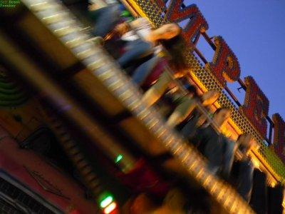 ai51.tinypic.com_r0r40z.jpg