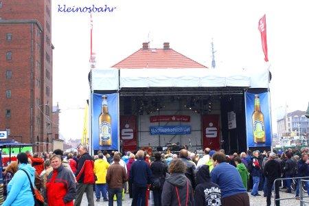 awww.sh_kirmes.de_Foto_albums_Wismar_20Hafentage_202011_20verkleinert_k_IMG_1233.JPG