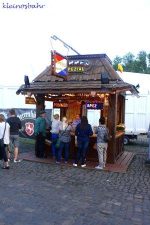 awww.sh_kirmes.de_Foto_albums_Hannover_20Sch_FCtzenfest_202011_20verkleinert_k_IMG_1858.JPG