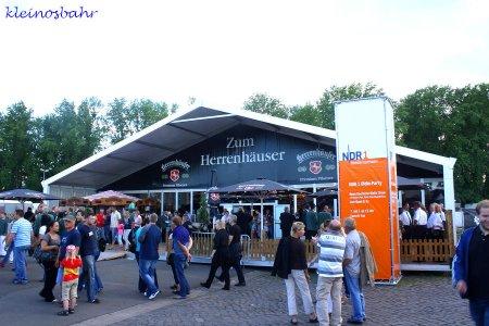 awww.sh_kirmes.de_Foto_albums_Hannover_20Sch_FCtzenfest_202011_20verkleinert_k_IMG_1862.JPG