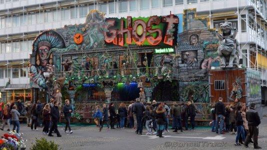 1100 D - Burghard & Sohn >Ghost< Spielzeit.JPG