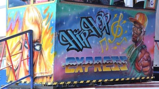 1109 D - Hipp Hopp Express HitList - Weber.JPG