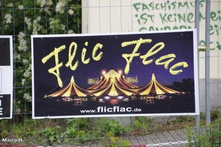 FLICFLAC-18-2.jpg