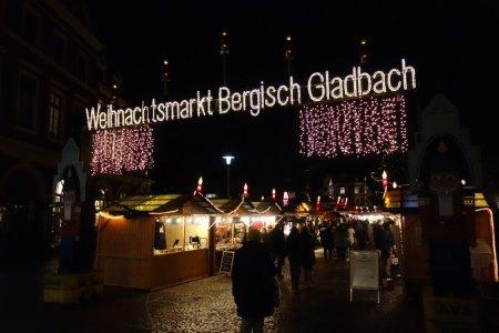 Bergisch Gladbach Weihnachtsmarkt.Weihnachtsmarkt Bergisch Gladbach 2018 Kirmesforum De