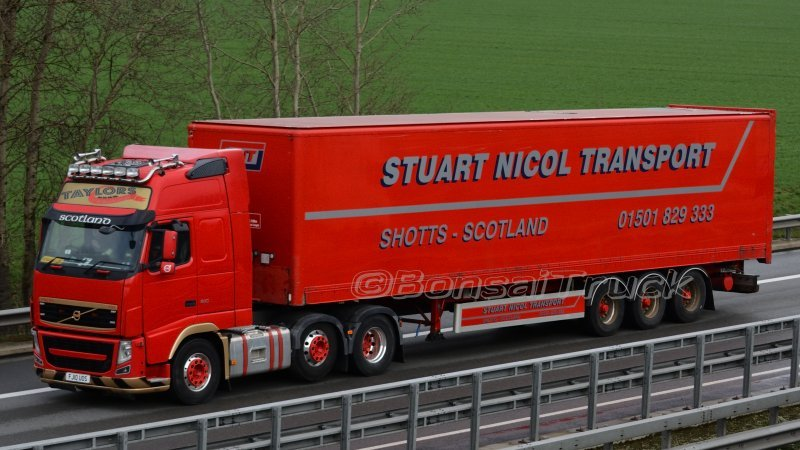 2020-03-13 02 GB - Taylors of Edinburgh >SNT Stuart Nicol Transport< Volvo FH GL03.jpg
