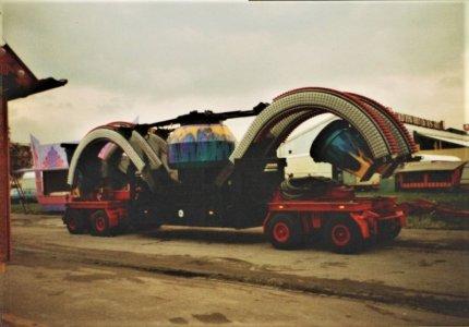 Riesenkrabbe Aigner 01.jpg