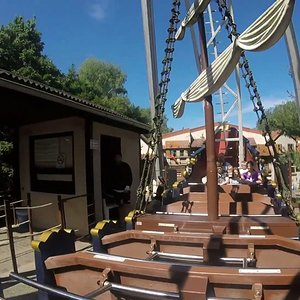 "Riesenschiffschaukel;Coaster Freak ""85"""
